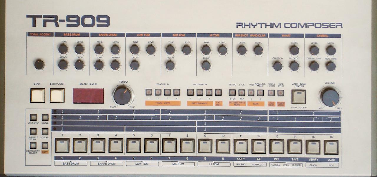 RolandTR-909-front